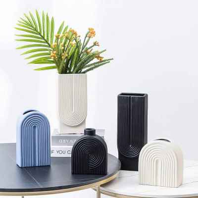 Ceramic Vase - Black